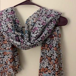 LOFT scarf